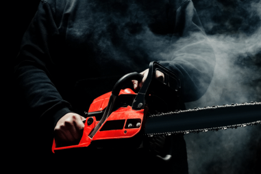 Chainsaw Chain Smoking (3 Fixes Explained)